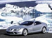 http://www.voiturepourlui.com/images/Mercedes/SLR/Exterieur/Mercedes_SLR_017.jpg
