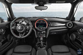 Photo Mini Cooper-S-2015 2015 Mini Cooper S 2015 http://www.voiturepourlui.com/images/Mini/Cooper-S-2015/Interieur/Mini_Cooper_S_2015_001.jpg