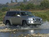 http://www.voiturepourlui.com/images/Nissan/Patrol/Exterieur/Nissan_Patrol_010.jpg