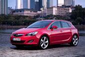 http://www.voiturepourlui.com/images/Opel/Astra-2010/Exterieur/Opel_Astra_2010_009.jpg
