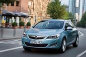 http://www.voiturepourlui.com/images/Opel/Astra-2010/Exterieur/Opel_Astra_2010_014.jpg