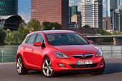 http://www.voiturepourlui.com/images/Opel/Astra-2010/Exterieur/Opel_Astra_2010_015.jpg