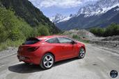 http://www.voiturepourlui.com/images/Opel/Astra-GTC-2014/Exterieur/Opel_Astra_GTC_2014_009.jpg