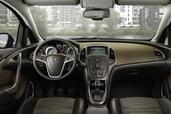 Photo Opel Astra-Sports-Tourer 2010 Opel Astra Sports Tourer http://www.voiturepourlui.com/images/Opel/Astra-Sports-Tourer/Interieur/Opel_Astra_Sports_Tourer_503.jpg