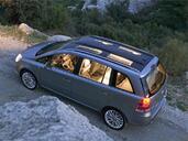 http://www.voiturepourlui.com/images/Opel/Zafira/Exterieur/Opel_Zafira_013.jpg