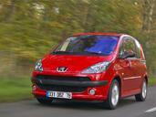 http://www.voiturepourlui.com/images/Peugeot/1007/Exterieur/Peugeot_1007_038.jpg
