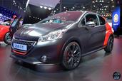 http://www.voiturepourlui.com/images/Peugeot/208-GTi-30th-Mondial-2014/Exterieur/Peugeot_208_GTi_30th_Mondial_2014_001.jpg