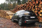 http://www.voiturepourlui.com/images/Peugeot/3008-2017/Exterieur/Peugeot_3008_2017_009_arriere.jpg