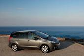http://www.voiturepourlui.com/images/Peugeot/5008/Exterieur/Peugeot_5008_001.jpg