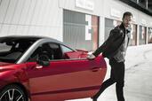 http://www.voiturepourlui.com/images/Peugeot/RCZ-R-2014/Exterieur/Peugeot_RCZ_R_2014_011.jpg