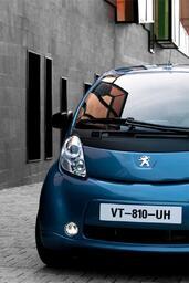 http://www.voiturepourlui.com/images/Peugeot/iOn/Exterieur/Peugeot_iOn_014.jpg