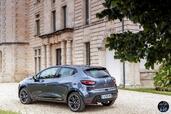 http://www.voiturepourlui.com/images/Renault/Clio-2017/Exterieur/Renault_Clio_2017_017_gris_arriere_profil.jpg
