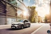 http://www.voiturepourlui.com/images/Renault/Clio-2017/Exterieur/Renault_Clio_2017_018_beige_avant.jpg