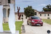 http://www.voiturepourlui.com/images/Renault/Clio-2017/Exterieur/Renault_Clio_2017_019_rouge_avant.jpg