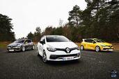 http://www.voiturepourlui.com/images/Renault/Clio-RS-220-Trophy-EDC/Exterieur/Renault_Clio_RS_220_Trophy_EDC_002.jpg