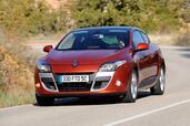 http://www.voiturepourlui.com/images/Renault/Megane-III-Coupe/Exterieur/Renault_Megane_III_Coupe_002.jpg