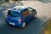 http://www.voiturepourlui.com/images/Renault/Twingo-II/Exterieur/Renault_Twingo_II_012.jpg
