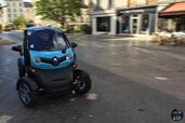 http://www.voiturepourlui.com/images/Renault/Twizy-Intens-2014/Exterieur/Renault_Twizy_Intens_2014_015_roue.jpg