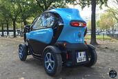 http://www.voiturepourlui.com/images/Renault/Twizy-Intens-2014/Exterieur/Renault_Twizy_Intens_2014_037_arriere.jpg