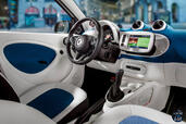 Photo Smart ForTwo-2015 2015 Smart ForTwo 2015 http://www.voiturepourlui.com/images/Smart/ForTwo-2015/Interieur/Smart_ForTwo_2015_007_interieur_bleu.jpg