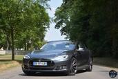 http://www.voiturepourlui.com/images/Tesla/Model-S-P85D/Exterieur/Tesla_Model_S_P85D_006.jpg