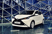 http://www.voiturepourlui.com/images/Toyota/Aygo-2015/Exterieur/Toyota_Aygo_2015_010.jpg