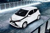 http://www.voiturepourlui.com/images/Toyota/Aygo-2015/Exterieur/Toyota_Aygo_2015_015.jpg
