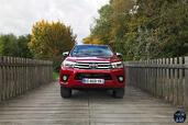 http://www.voiturepourlui.com/images/Toyota/Hilux-2016/Exterieur/Toyota_Hilux_2016_003.jpg