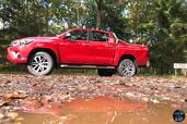 http://www.voiturepourlui.com/images/Toyota/Hilux-2016/Exterieur/Toyota_Hilux_2016_006_profil.jpg