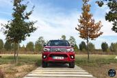 http://www.voiturepourlui.com/images/Toyota/Hilux-2016/Exterieur/Toyota_Hilux_2016_015_calandre.jpg