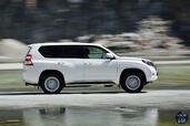 http://www.voiturepourlui.com/images/Toyota/Land-Cruiser-2014/Exterieur/Toyota_Land_Cruiser_2014_021.jpg