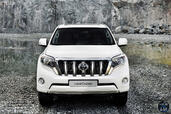 http://www.voiturepourlui.com/images/Toyota/Land-Cruiser-2014/Exterieur/Toyota_Land_Cruiser_2014_024_avant.jpg