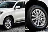 http://www.voiturepourlui.com/images/Toyota/Land-Cruiser-2014/Exterieur/Toyota_Land_Cruiser_2014_033_gante.jpg