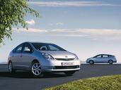 http://www.voiturepourlui.com/images/Toyota/Prius/Exterieur/Toyota_Prius_001.jpg