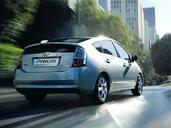 http://www.voiturepourlui.com/images/Toyota/Prius/Exterieur/Toyota_Prius_002.jpg