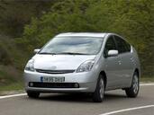 http://www.voiturepourlui.com/images/Toyota/Prius/Exterieur/Toyota_Prius_014.jpg