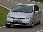 http://www.voiturepourlui.com/images/Toyota/Prius/Exterieur/Toyota_Prius_015.jpg