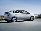 http://www.voiturepourlui.com/images/Toyota/Prius/Exterieur/Toyota_Prius_017.jpg