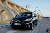 http://www.voiturepourlui.com/images/Toyota/Yaris-2014/Exterieur/Toyota_Yaris_2014_012_noir.jpg
