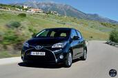 http://www.voiturepourlui.com/images/Toyota/Yaris-2014/Exterieur/Toyota_Yaris_2014_014_noir.jpg