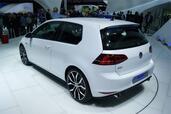 http://www.voiturepourlui.com/images/Volkswagen/Golf-7-GTI/Exterieur/Volkswagen_Golf_7_GTI_006.jpg