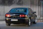 http://www.voiturepourlui.com/images/Volkswagen/Phaeton/Exterieur/Volkswagen_Phaeton_003.jpg