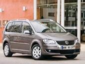 http://www.voiturepourlui.com/images/Volkswagen/Touran/Exterieur/Volkswagen_Touran_001.jpg
