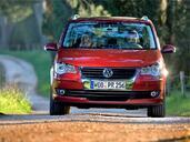 http://www.voiturepourlui.com/images/Volkswagen/Touran/Exterieur/Volkswagen_Touran_005.jpg