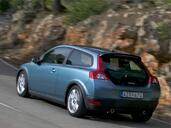 http://www.voiturepourlui.com/images/Volvo/C30/Exterieur/Volvo_C30_015.jpg