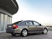 http://www.voiturepourlui.com/images/Volvo/S80/Exterieur/Volvo_S80_005.jpg