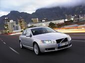 http://www.voiturepourlui.com/images/Volvo/S80/Exterieur/Volvo_S80_010.jpg