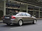 http://www.voiturepourlui.com/images/Volvo/S80/Exterieur/Volvo_S80_015.jpg