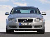 http://www.voiturepourlui.com/images/Volvo/S80/Exterieur/Volvo_S80_018.jpg