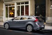 http://www.voiturepourlui.com/images/Volvo/V40/Exterieur/Volvo_V40_009.jpg